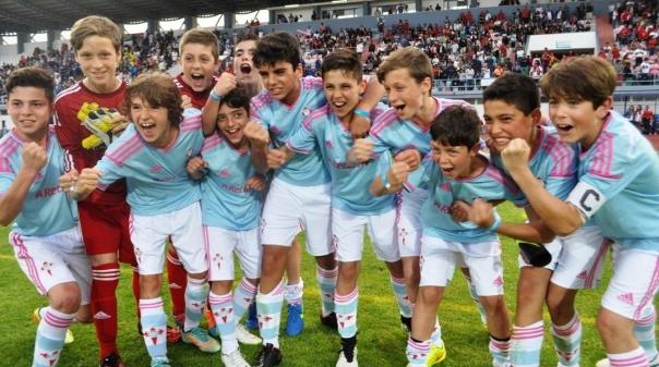 VRSA:Domínio absoluto do Sevilha nas finais do Mundialito 2015