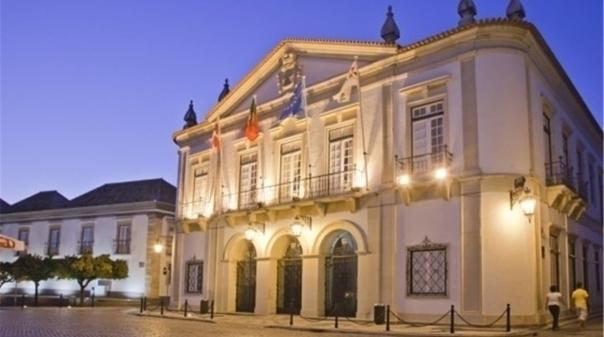 Assembleia Municipal de Faro comemora o 46º Aniversário da ...
