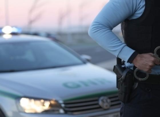 Albufeira:GNR apanha homem a traficar dentro do carro