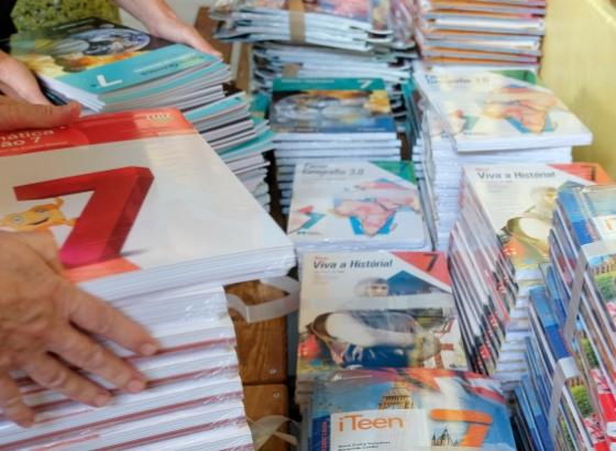 Câmara de Loulé investe mais de meio milhão de euros em material escolar e tecnológico para alunos da rede pública