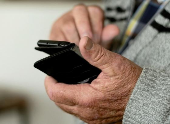 Covid-19: Há 3 surtos em lares de idosos no Algarve
