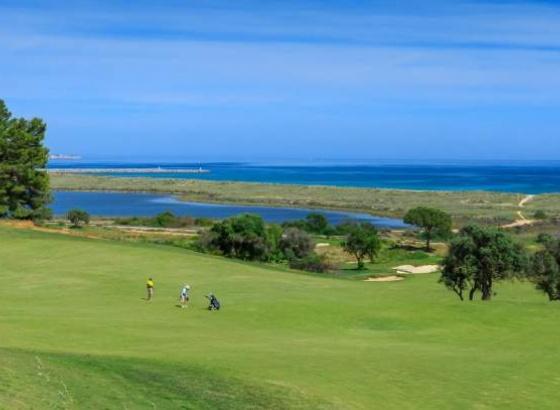Britânicos continuam a ser os principais compradores de casas nos resorts do Algarve