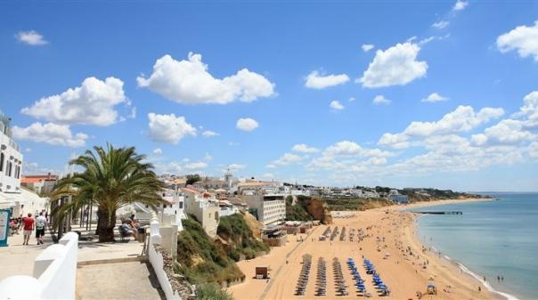 PSD entregou projeto de resolução com 23 medidas de resposta económica e social para o Algarve