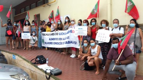 Trabalhadores do SUCH manifestaram-se no Hospital de Faro em dia de greve