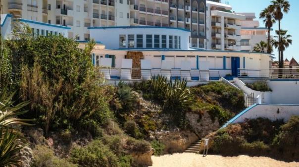 Câmara de Silves abriu concurso para reabilitar Casino de Armação de Pêra