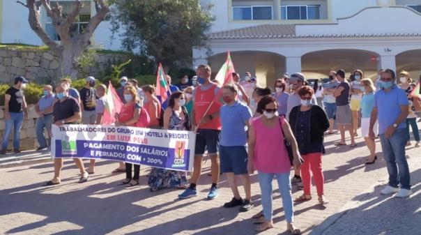 Trabalhadores do grupo JJW Hotels e Golf Resorts cumprem dois dias de greve por salários em atraso