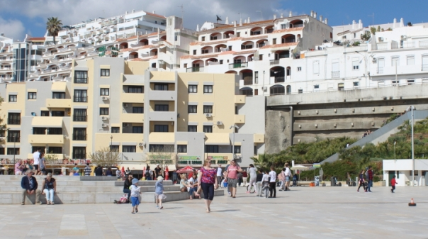 PSD apresenta programa de resposta económica e social para o Algarve