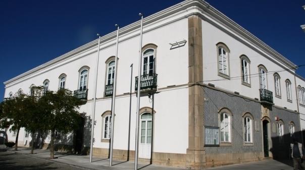 Assembleia Municipal de São Brás de Alportel aprova moção pela aplicação de suplemento de insalubridade, penosidade e risco na Administração Local