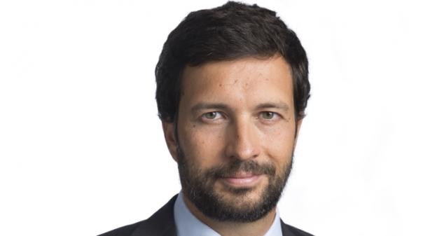 Candidato do PCP à Presidência da República desenvolve contactos em Faro e Olhão