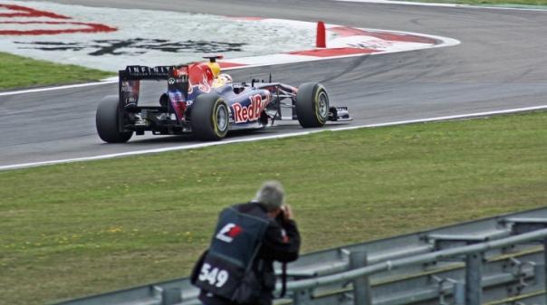 F1/Portugal: Lotação do autódromo reduzida e sem peão