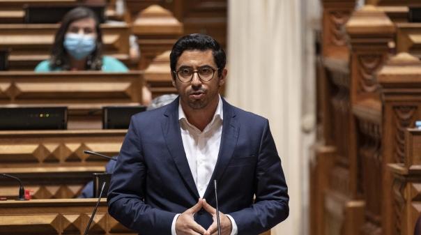 Deputado Rui Cristina promove sessões de atendimento público em Loulé e Quarteira