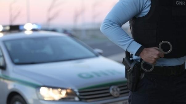 Ladrão detido a meio de assalto em Vilamoura