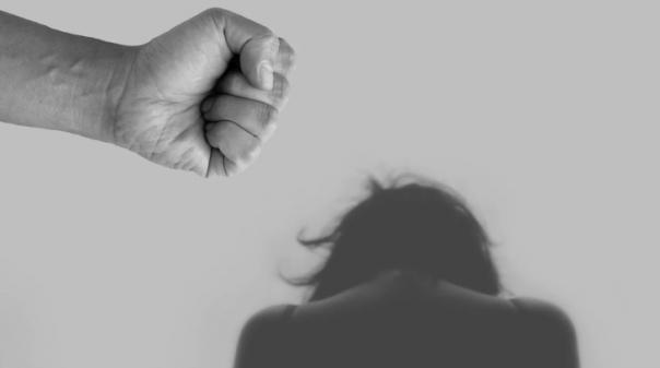 Mulheres Socialistas de Tavira assinalam Dia Internacional pela Eliminação da Violência Contra as Mulheres