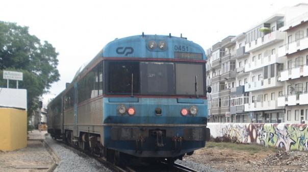 Homem de 47 anos colhido por comboio em Olhão