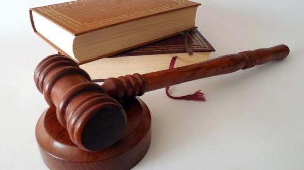 Advogado de mulher acusada de matar jovem no Algarve critica investigação da PJ