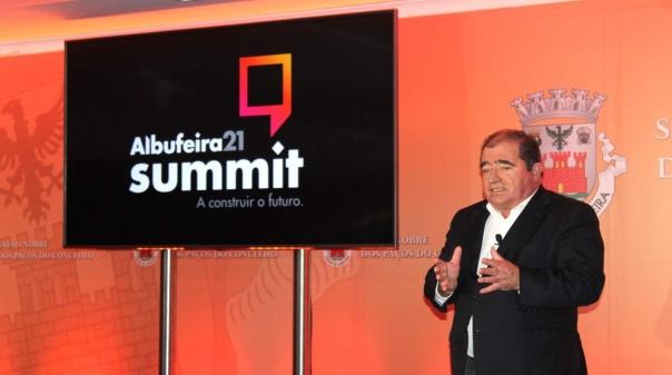 """""""Albufeira 21 Summit"""" espera reunir dezenas de oradores para delinear estratégia do concelho a 10 anos"""