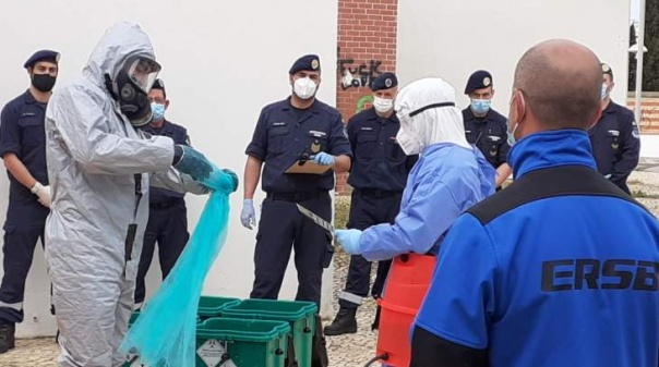 Bombeiros Sapadores de Faro formados para responder em situações de risco biológico