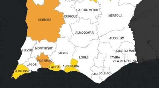 Covid-19: Há 4 concelhos algarvios em risco de não desconfinar