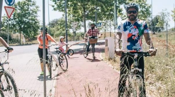 """Movimento """"Albufeira Prometida"""" defende ciclovias """"funcionais e dignas"""" para potenciar mobilidade alternativa"""