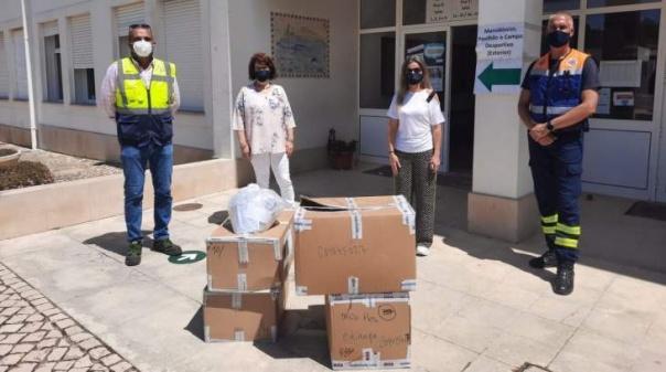 Município de Lagos entregou 10 mil máscaras comunitárias aos dois agrupamentos de escolas do concelho