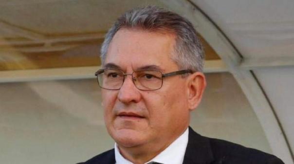 Presidente João Rodrigues lidera lista única às eleições do Farense