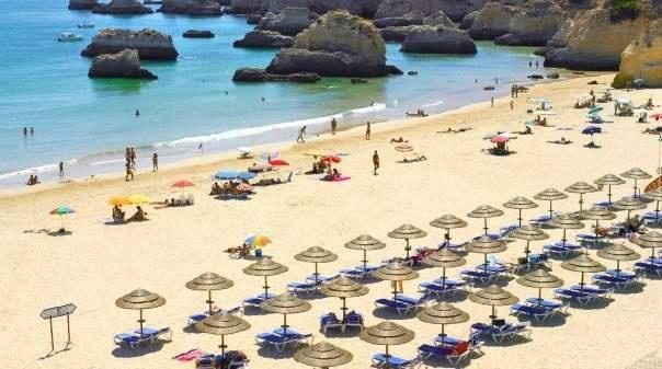 Covid-19: Presidente da AHETA diz que restrições à circulação desmotivam e têm efeito depressivo no turismo algarvio