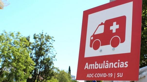 Covid-19: Idosa com uma dose da vacina morreu este sábado no hospital de Faro