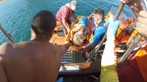 Estação Salva-vidas de Ferragudo resgatou mulher que desmaiou a bordo de uma embarcação marítimo-turística