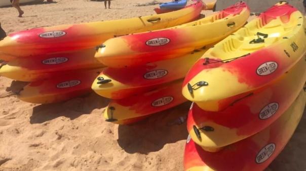 Polícia Marítima apreende 11 caiaques na praia de Benagil em Lagoa