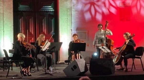 Quinteto Sull'A Corda atua em Olhão