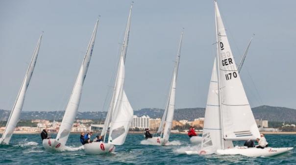 Marina de Vilamoura recebe regatas do Campeonato Nacional da Classe Dragão