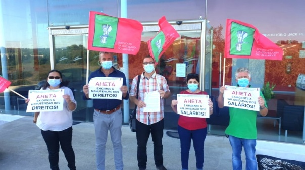 Sindicato da Hotelaria do Algarve entregou carta à AHETA para assinar acordo que «valorize salários»