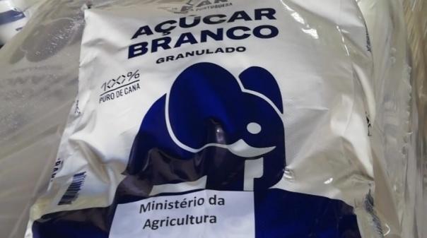 """Ministério de Agricultura dá """"apoio direto"""" às explorações apícolas atingidas pelos incêndiosnoAlgarve"""