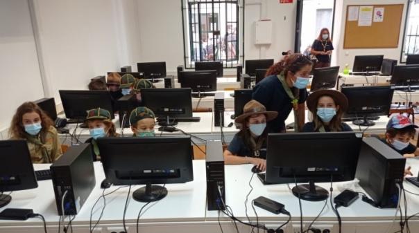250 escuteiros invadiram Portimão para comunicar com o mundo