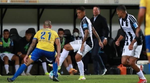I Liga: Estoril Praia vence Portimonense e consolida quarto lugar