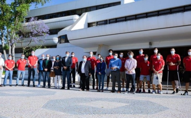 Presidente do Município de Albufeira felicitou atletas e dirigentes do Imortal BasKet Club
